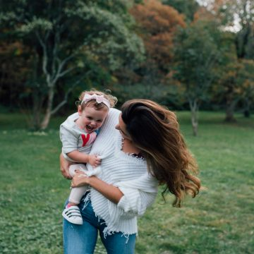 Family Photoshoot Style Tips with Huggable Photography
